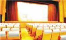 アドシートを映画館で使用した例